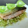 Pavé de saumon à l'unilatéral et petits choux de Bruxelles inspiration asiatique