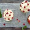 Cupcakes rhubarbe et fraises des bois