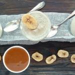 Mousse de bananes au sirop d'érable et caramel beurre salé