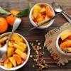 Salade de fruits d'hiver et sirop aux épices de Noël et à la vanille {Pour préparer Noël #7}