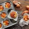 Muffins au munster, lardons et échalote