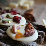 Mendiants au chocolat blanc, cranberry, pistache & Co {Battle Food #14}