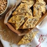 Crackers aux graines à la farine de pois-chiche {sans gluten, vegan}