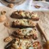 Tartines chèvre, miel et noix