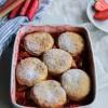 Cobbler fraise rhubarbe {sans lait}