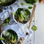 Bouillon thaï aux champignons {vegan - sans gluten}