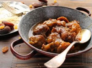 Tajine de veau aux abricots et aux raisins