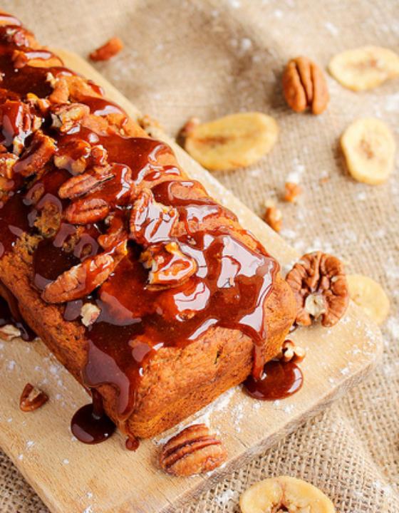 Banana bread aux noix de pécan et au sirop d'érable {vegan}