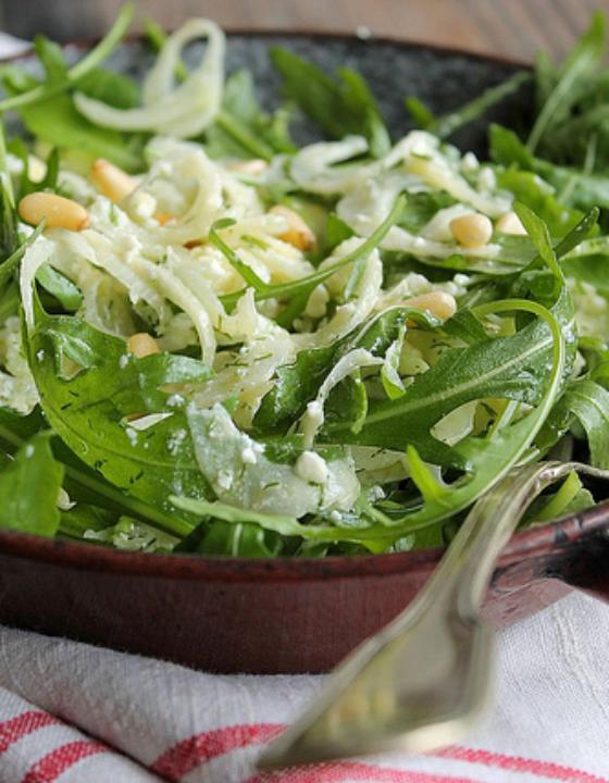Salade composée d'hiver, fenouil, roquette et feta