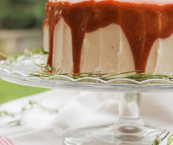 Banana layer cake au caramel {vegan}