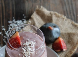 "Smoothie figues, graines de chia et lait de coco, ""le superfood"""