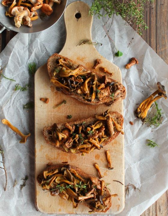 Tartines aux champignons des bois {vegan}