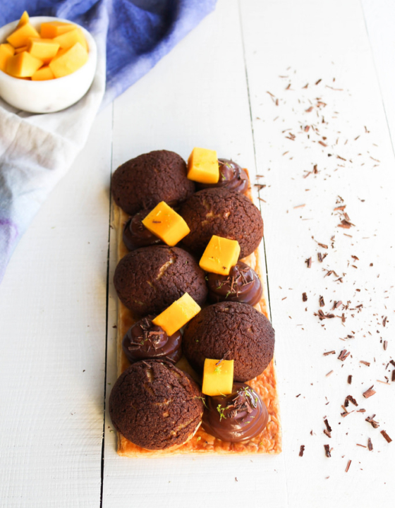 Saint Honoré chocolat et mangue {sans lait}