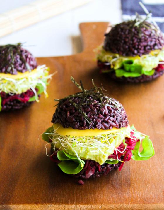 Black sushi burger {vegan – sans gluten}