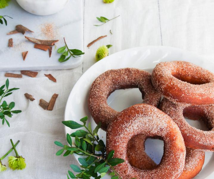 Donuts au sucre et à la cannelle {sans lait}