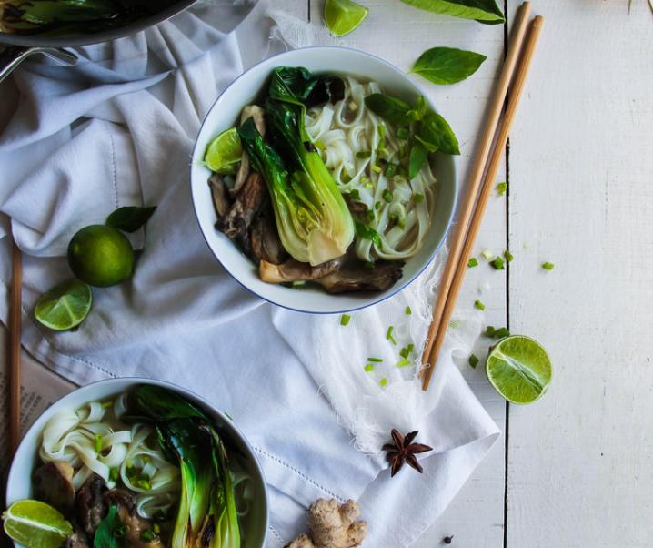 Bouillon thaï aux champignons {vegan – sans gluten}