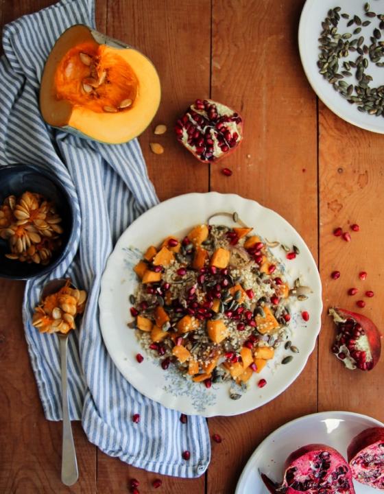 Courge rôtie, quinoa et grenade {vegan – sans gluten}