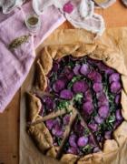 Tartelettes rustiques à la rhubarbe {vegan – sans gluten}