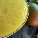 Smoothie mangue, ananas, gember,