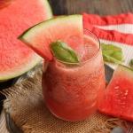 Watermeloen Smoothie, grapefruit en basilicum