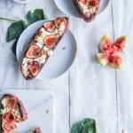 Tartines figues et fromage de brebis
