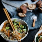 Nouilles sautées aux légumes - Japchae {vegan - sans gluten}