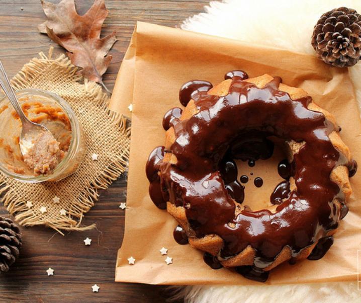 Bundt cake met kastanje en chocolade icing {glutenvrij}