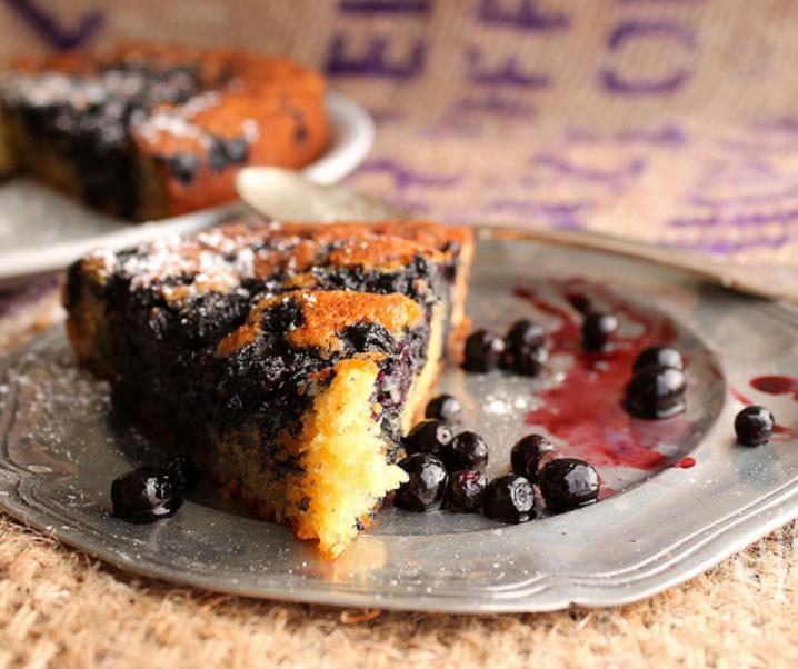 Blueberry yoghurt taart