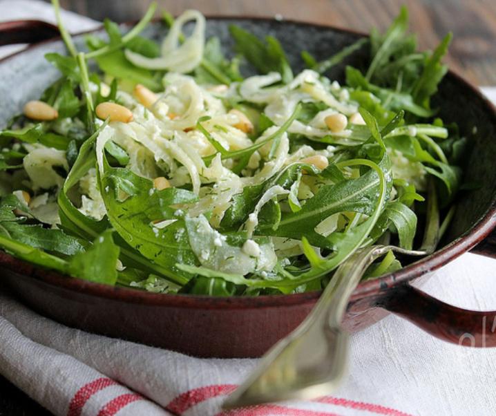 Winter salade gemaakt, venkel, rucola en feta