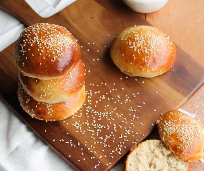 zelfgemaakte broodjes {zonder melk}