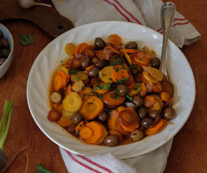 Cocotte de carottes aux olives {vegan}